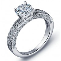 Engagement ring with 7mm cz