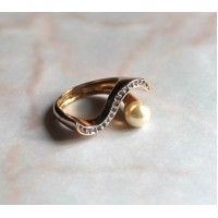 Ring - pearl and cz-s
